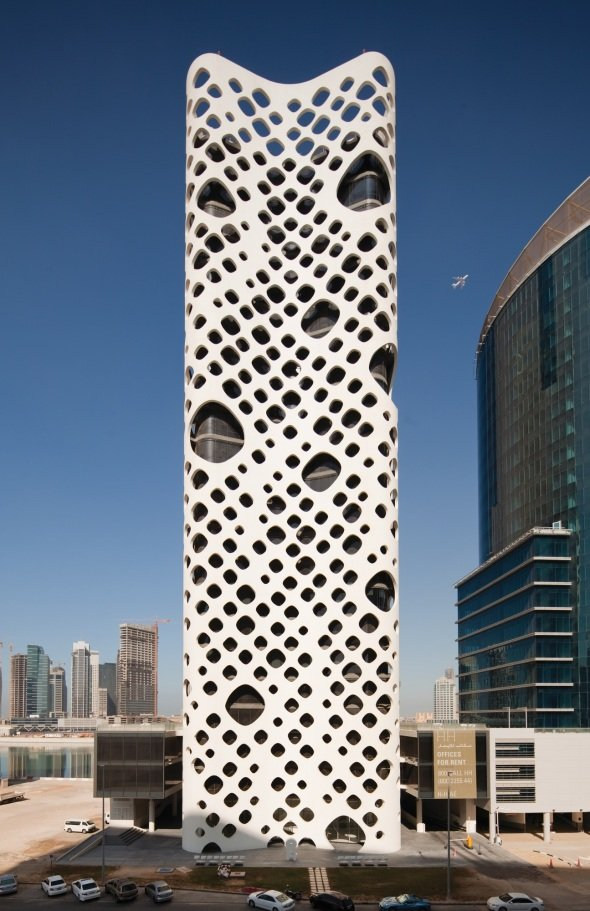 Torre perforada o 14 realizado por reiser umemoto for Buscador de arquitectura