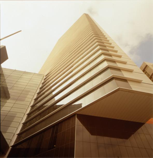 Lobby bar del hotel hilton pascal arquitectos noticias for Buscador de arquitectura