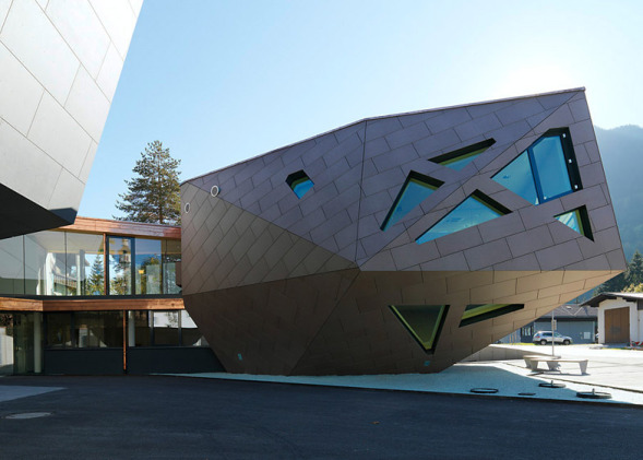 Community centre in tyrol realizado por machn architekten for Buscador de arquitectura